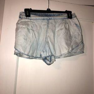 Stretchy jean shorts